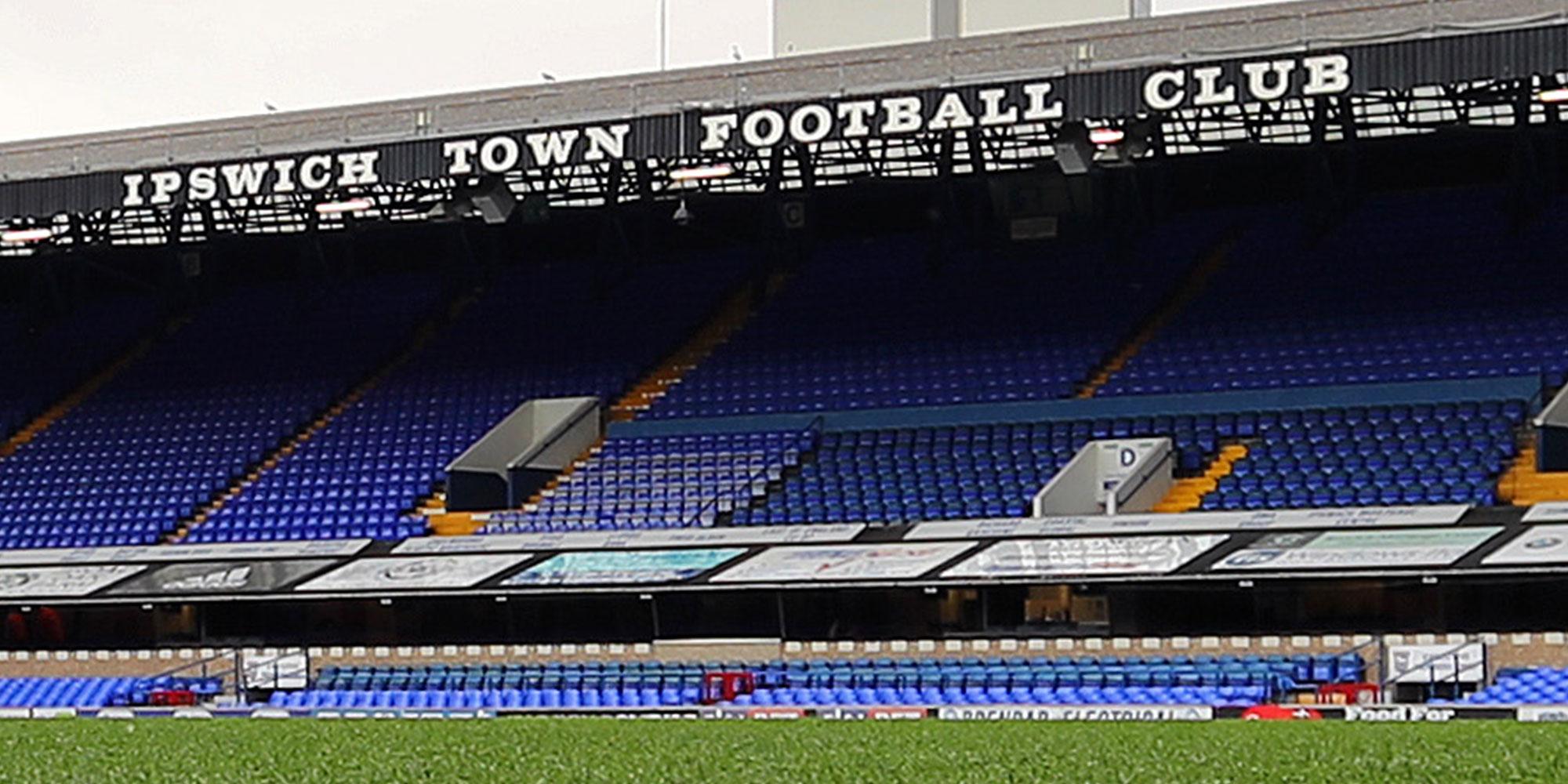 Ipswich Town v Crewe Alexandra